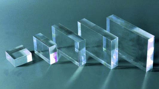 Extrudiertes (XT) oder gegossenes (GS) Acrylglas – was haben sie gemeinsam, was unterscheidet sie und welches sollte man kaufen?